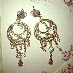 Jewelry - 🌶 Chandelier Earrings